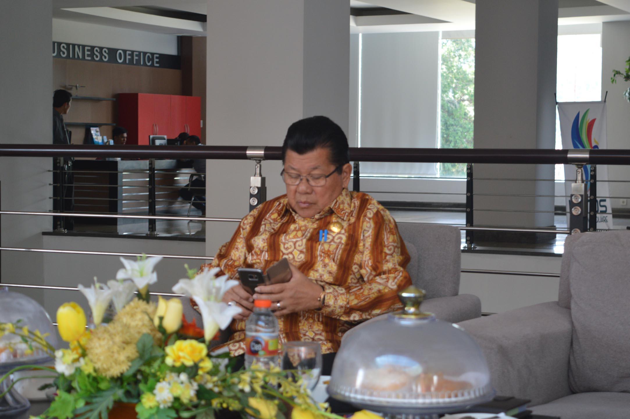 Enny Angraeny Anwar , Mundur dari DPR RI