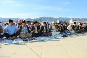 Sholat Idul Fitri 1 Syawal 1437 H , Bupati dan Wakil Bupati Mamuju Berterimakasih