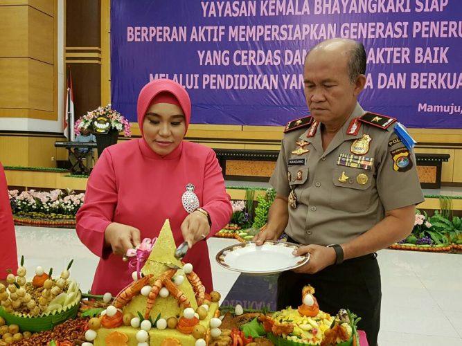 Kapolda Sulbar Hadiri Hut Yayasan Kemala Bhayangkari