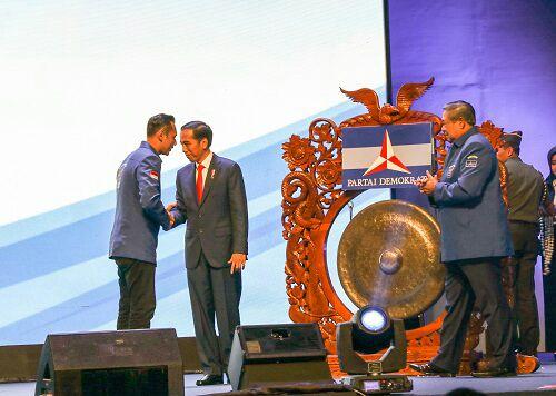 SBY Buka Peluang Koalisi dengan Jokowi