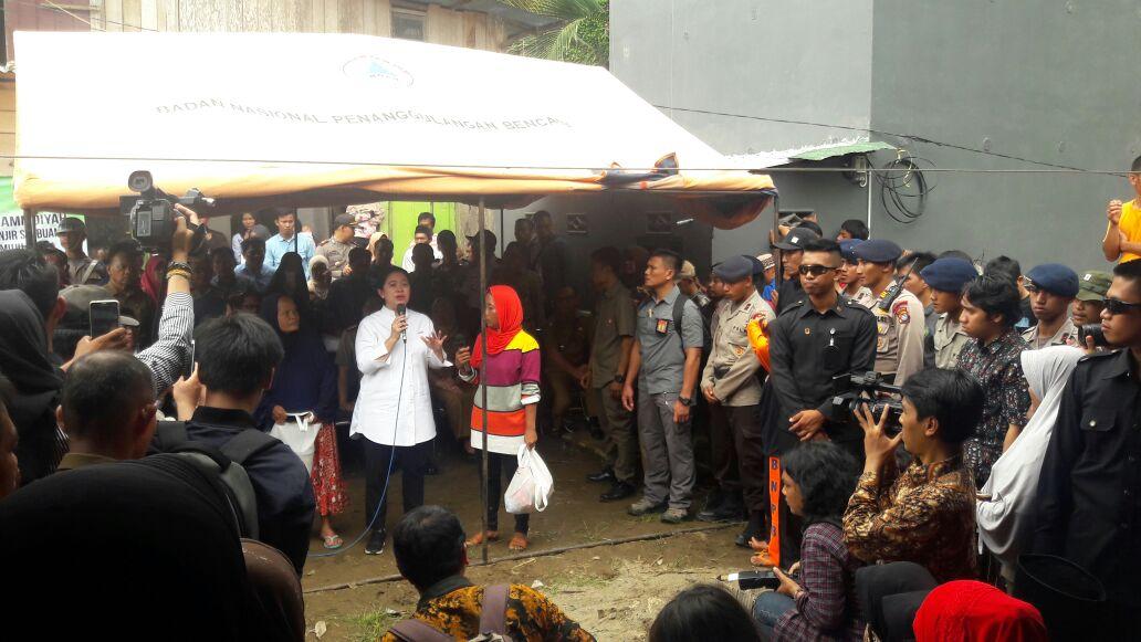 Menko PMK Kunjungi Korban Banjir Bandang di Mamuju