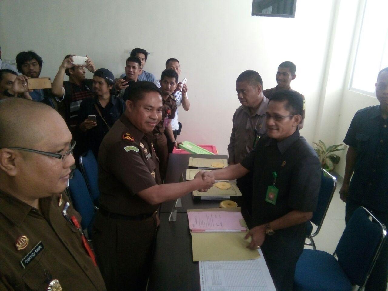 Berkas Kasus Korupsi APBD Sulbar 2016 dilimpahkan ke PN Mamuju