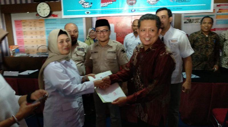 Daftarkan Bacalegnya, Gerindra Sulbar Target Kursi Ketua DPRD Provinsi