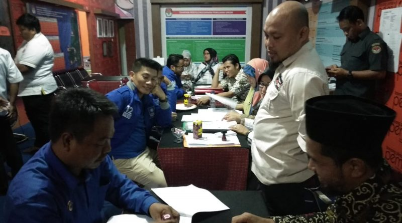 Mendaftar di KPU, PAN Sulbar Target Ketua DPRD