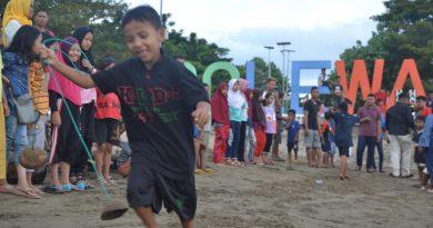 Pra PIFAF 2018 Hibur Warga di Pantai Bahari