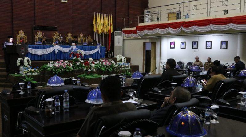 Fraksi DPRD Beri Pendapat Terkait APBD Mamuju