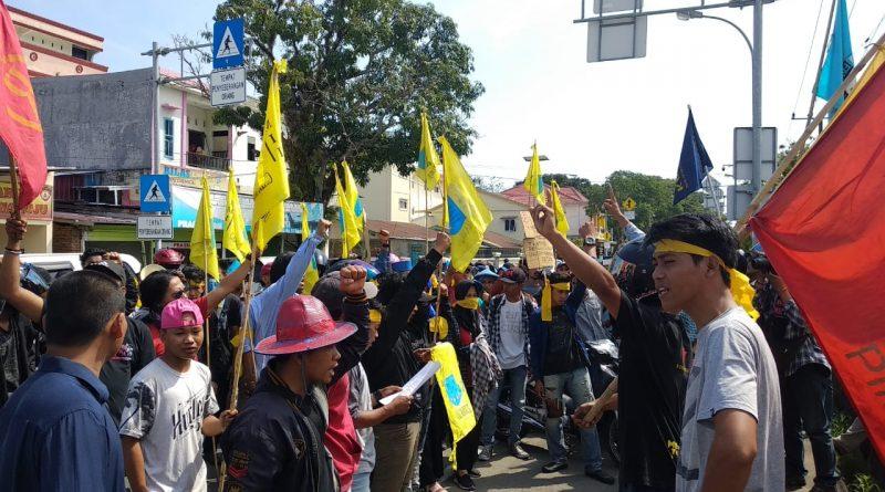 Buntut Pemukulan, Aliansi Mahasiswa Mamuju Tuntut Kapolda dan Kapolres dicopot