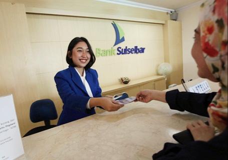 Nasabah Keluhkan Layanan Bank Sulselbar Mamuju
