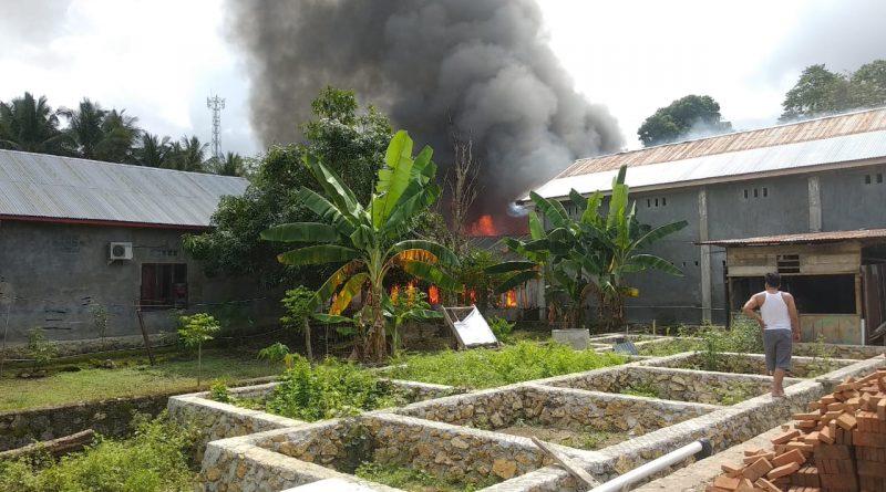 Si Jago Merah Hanguskan Beberapa Rumah di Binanga