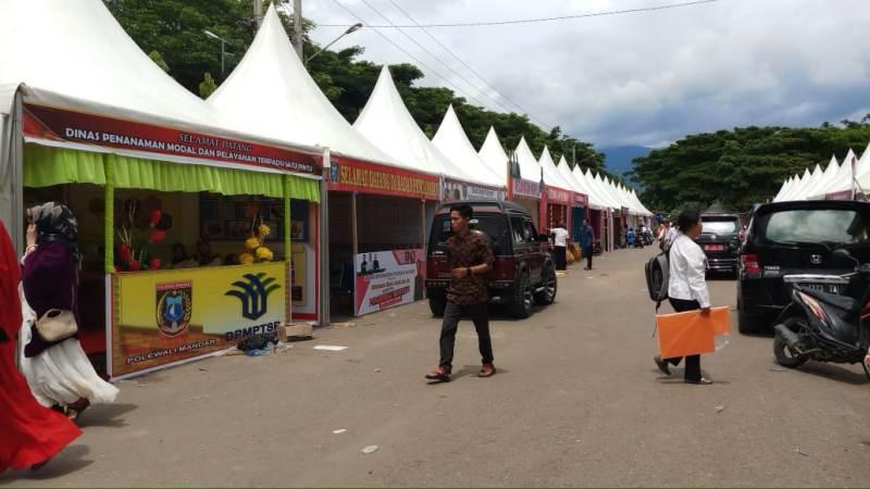 HUT Ke-59 Polman Gelar EXPO dan Pasar Rakyat.