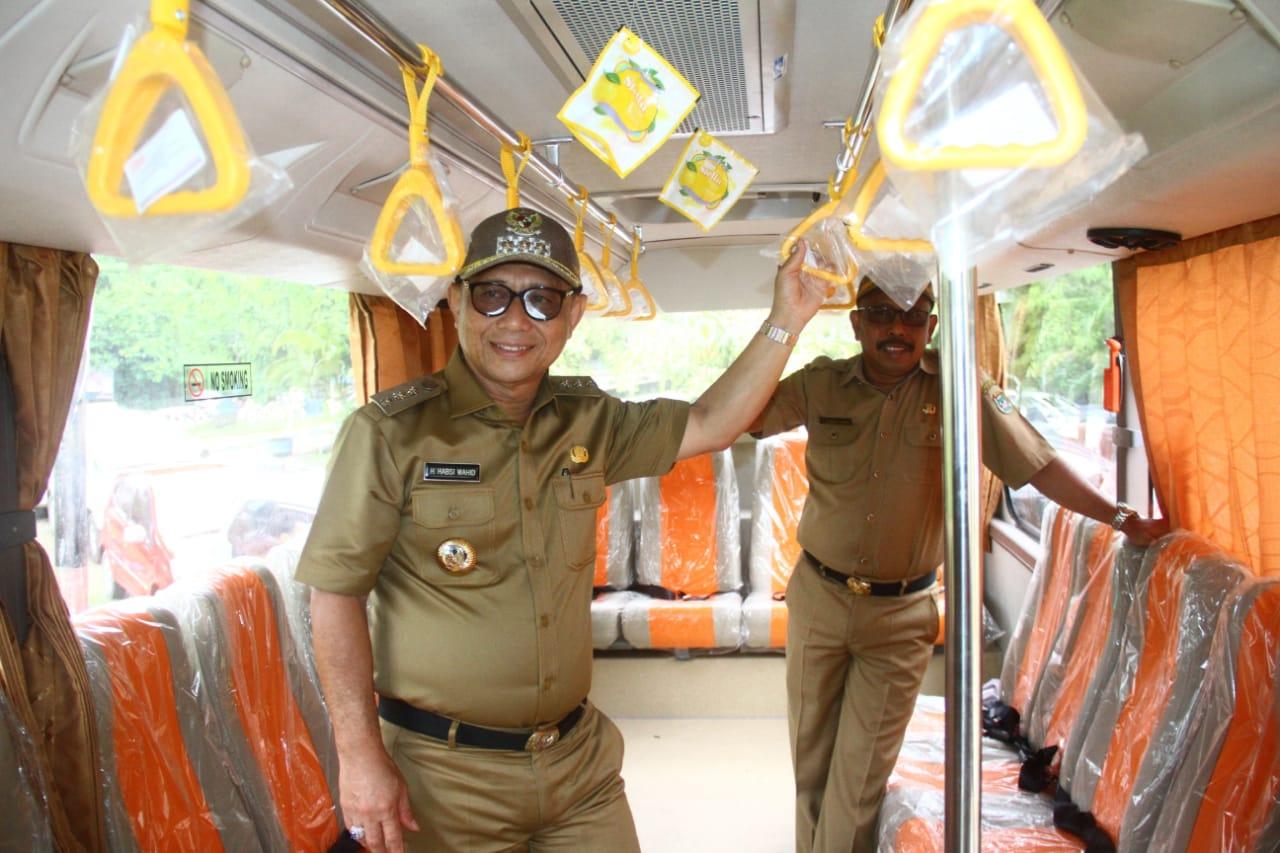 Pemkab Siapkan Bus Sekolah Bagi Pelajar Di Tommo