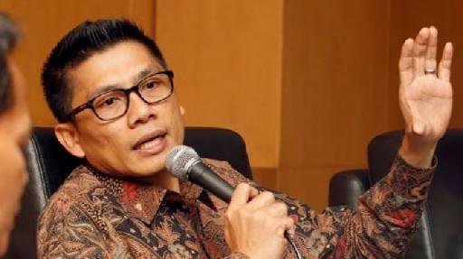 Asri Anas Sebut Kepala Desa Hanya Korban Politik Kasus Korupsi Lampu Jalan di Polman