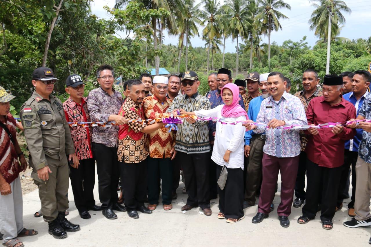 Akses Jalan Penghubung Dua Kecamatan di Mamuju Resmi Di Buka