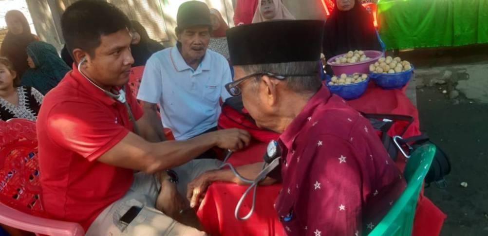 Biddokes Polda Sulbar Beri Pelayanan Kesehatan Gratis