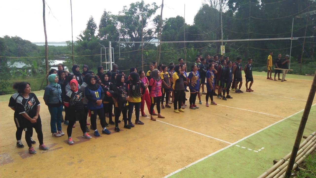 44 Club Bertarung Perebutkan Juara di Gelanggang Turnamen Bola VollyBarja