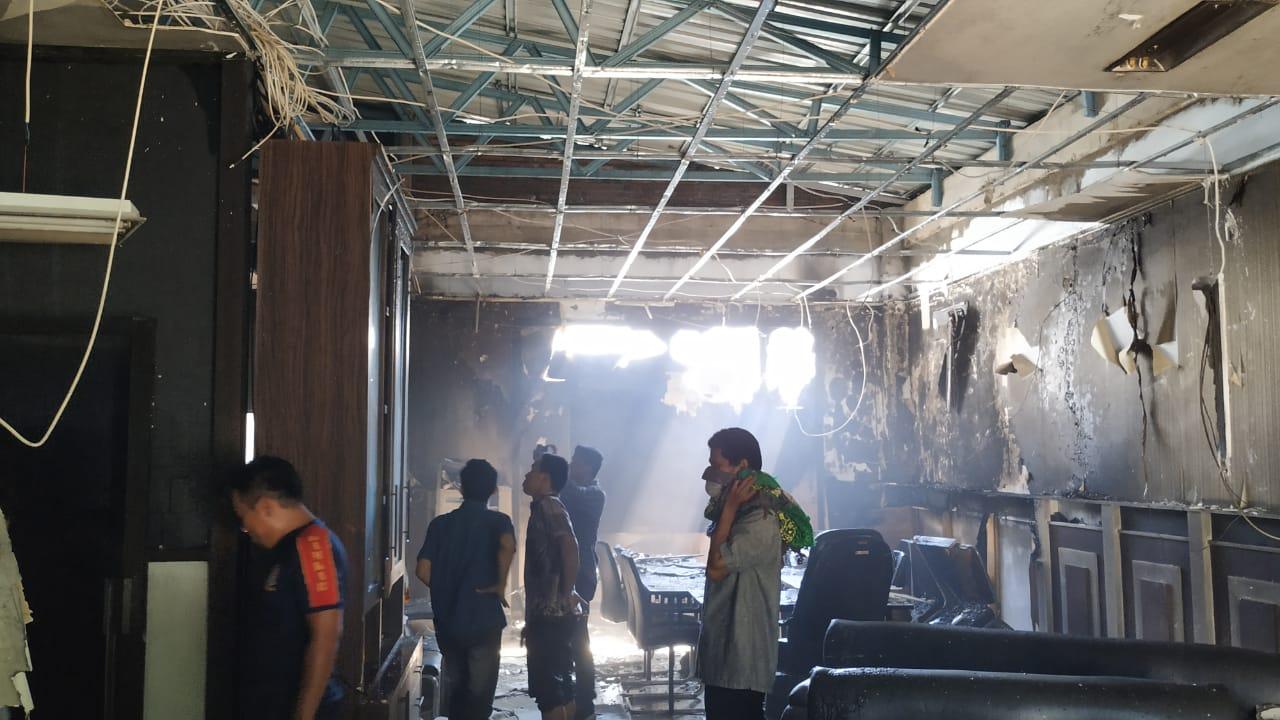 Ruang Kepala Bappeda Sulbar Terbakar, Berkas Penting Terselamatkan