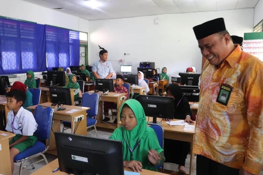Lima Pelajar Madrasah Mamasa Raih Juara Kompetisi Sains Madrasah