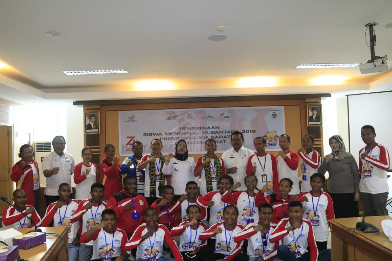 20 Pelajar Papua Barat Ikuti Siswa Mengenal Nusantara Di Sulbar