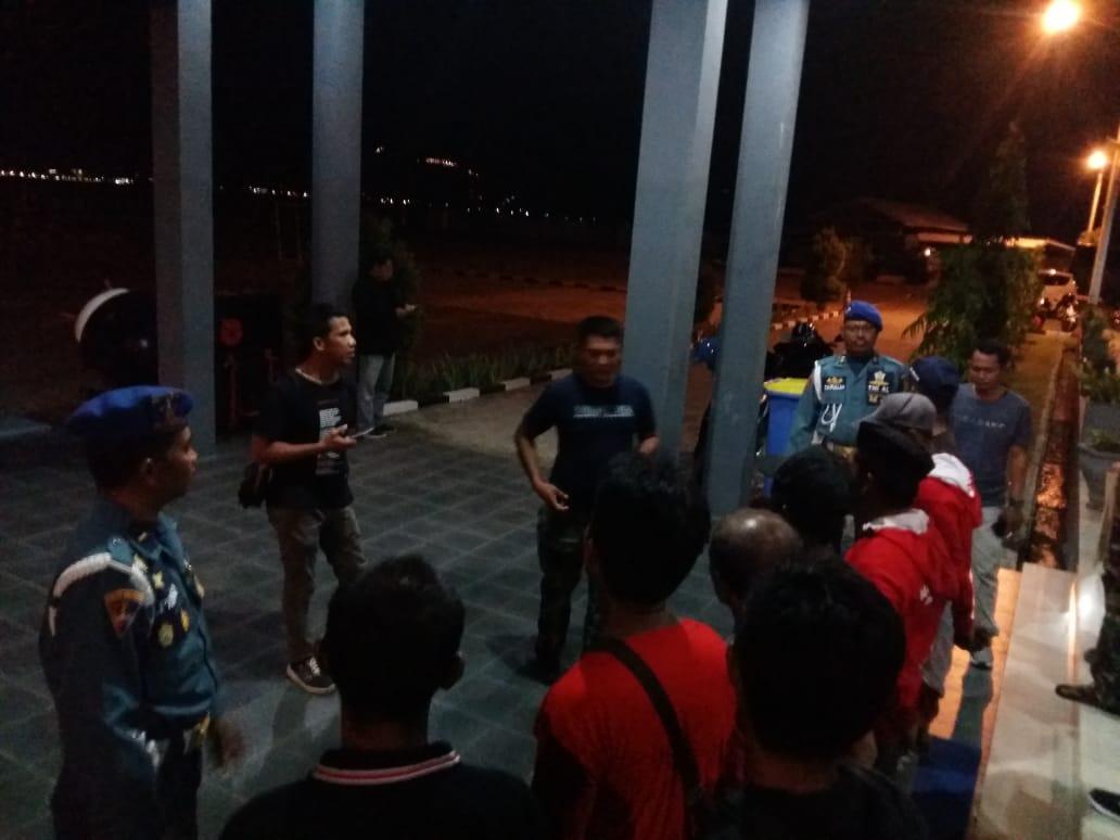 Atlit Dayung Perwakilan Lanal Mamuju Diberangkatkan ke Makassar