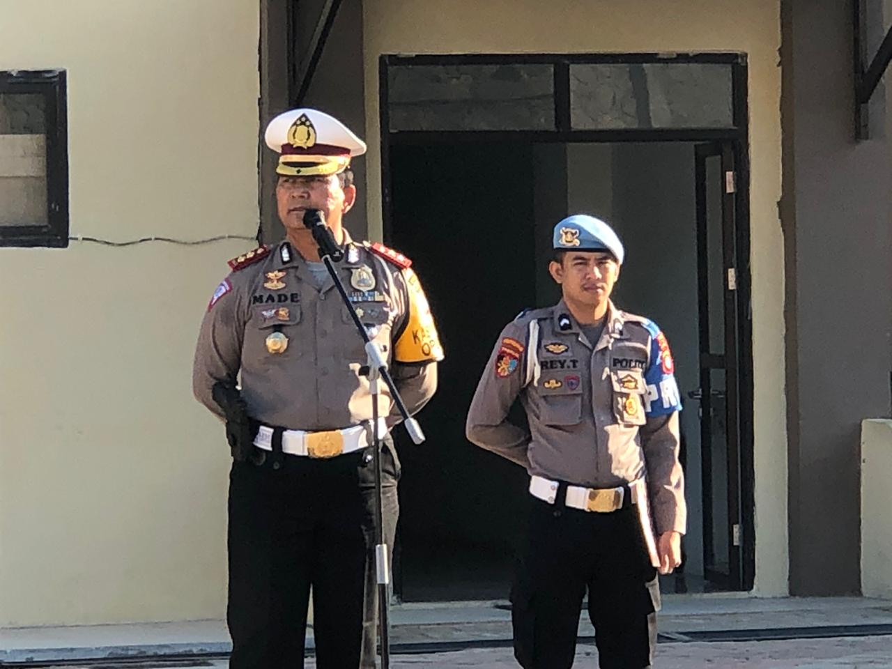 Pimpin Apel Perdana, Direktur Lalu Lintas Polda Sulbar Ingatkan Tugas Pokok Personil.