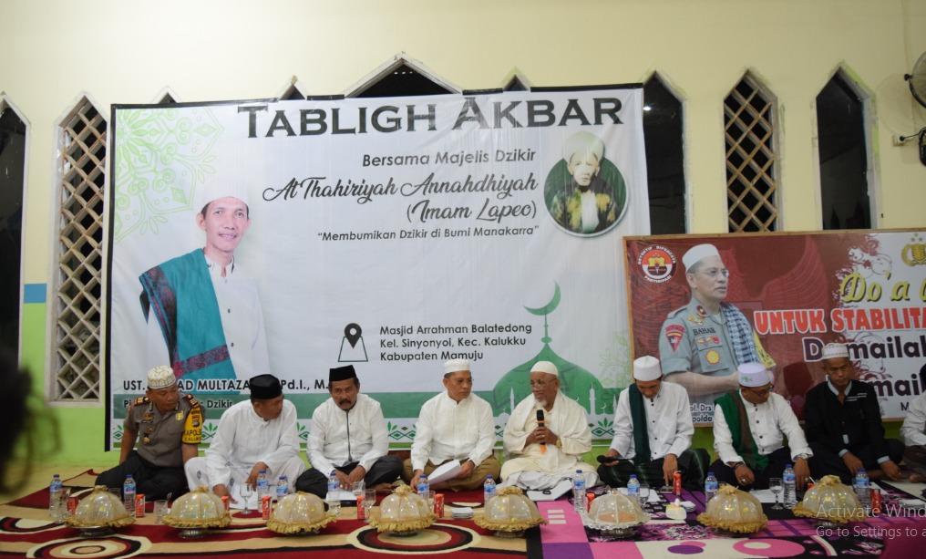 Kapolda Sulbar Bersama Majelis Dzikir Al Thariyah Annahdhiyah Doa Bersama Untuk Papua