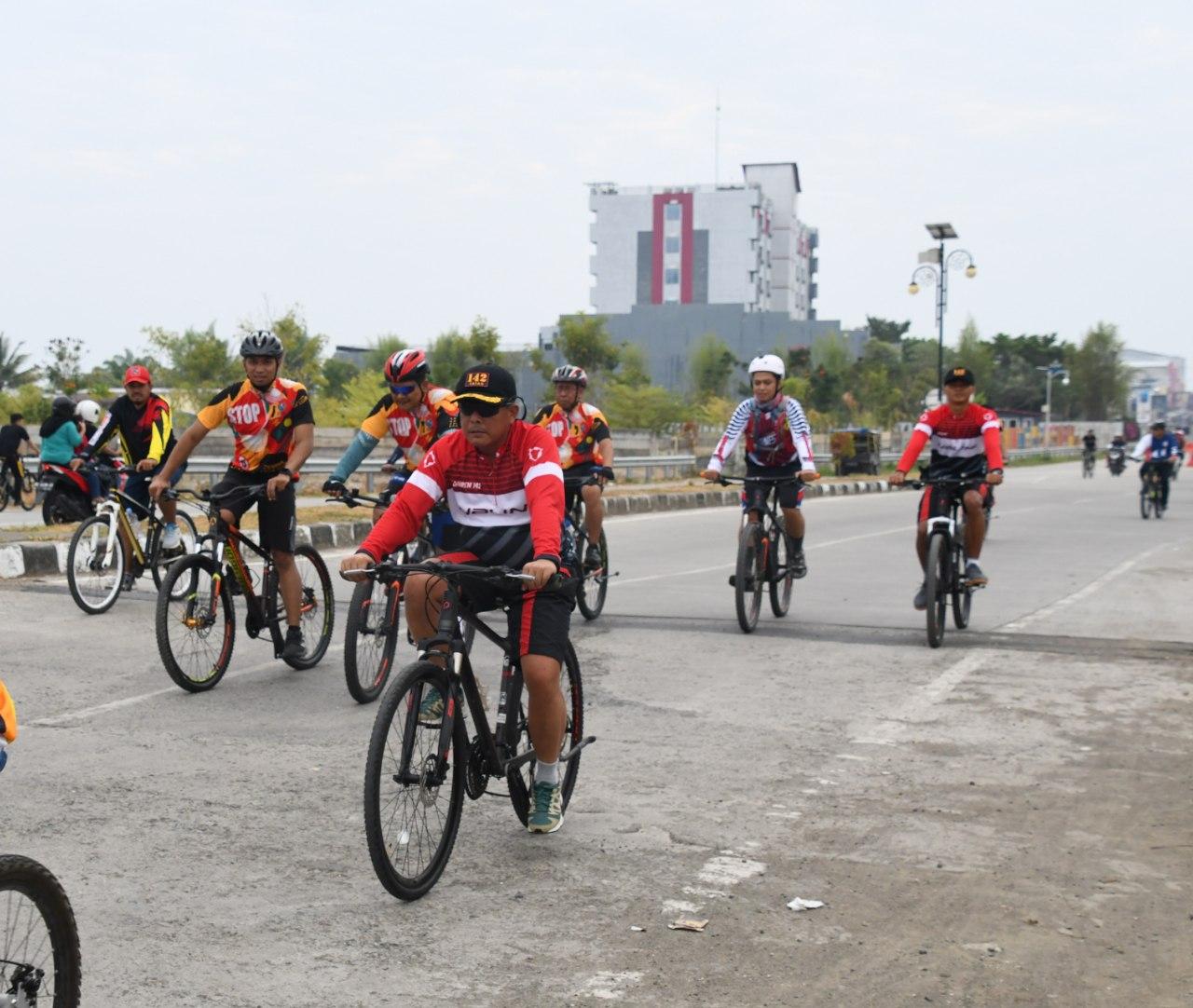 Danrem 142/Tatag Ikut Fun Bike Hut Sulbar
