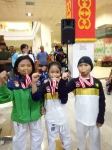 Di Kejuararan Karate, Polda Sulbar Sabet 17 Medali.