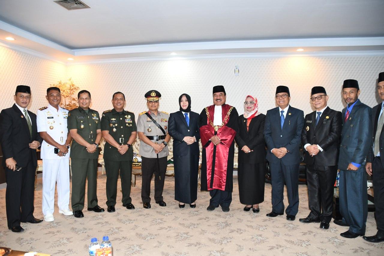 Danrem 142 Tatag Hadiri Rapat Paripurna Pelantikan Anggota DPRD Sulbar
