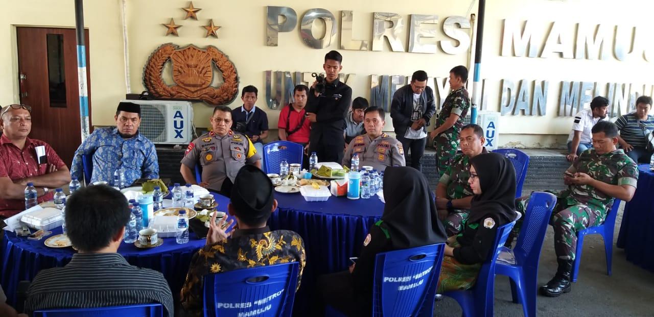 Danrem Bersama Kapolda Silaturahmi Dengan Pimpinan Kampus