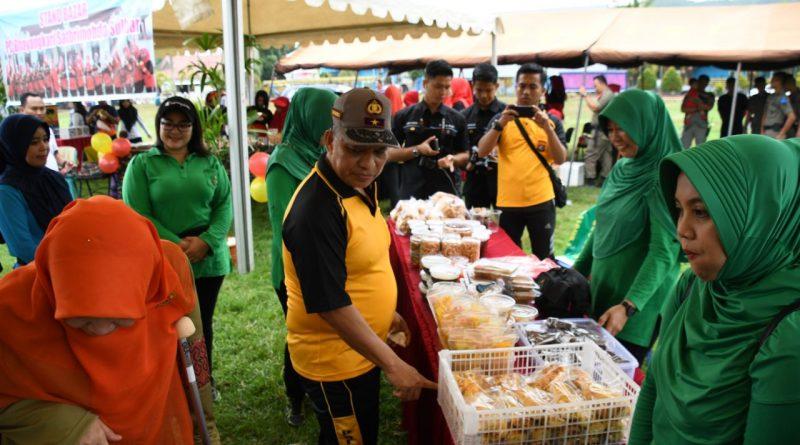 Persit KCK Koorcabrem142, Buka Stand di Hari Kesatuan Gerak Bhayangkari