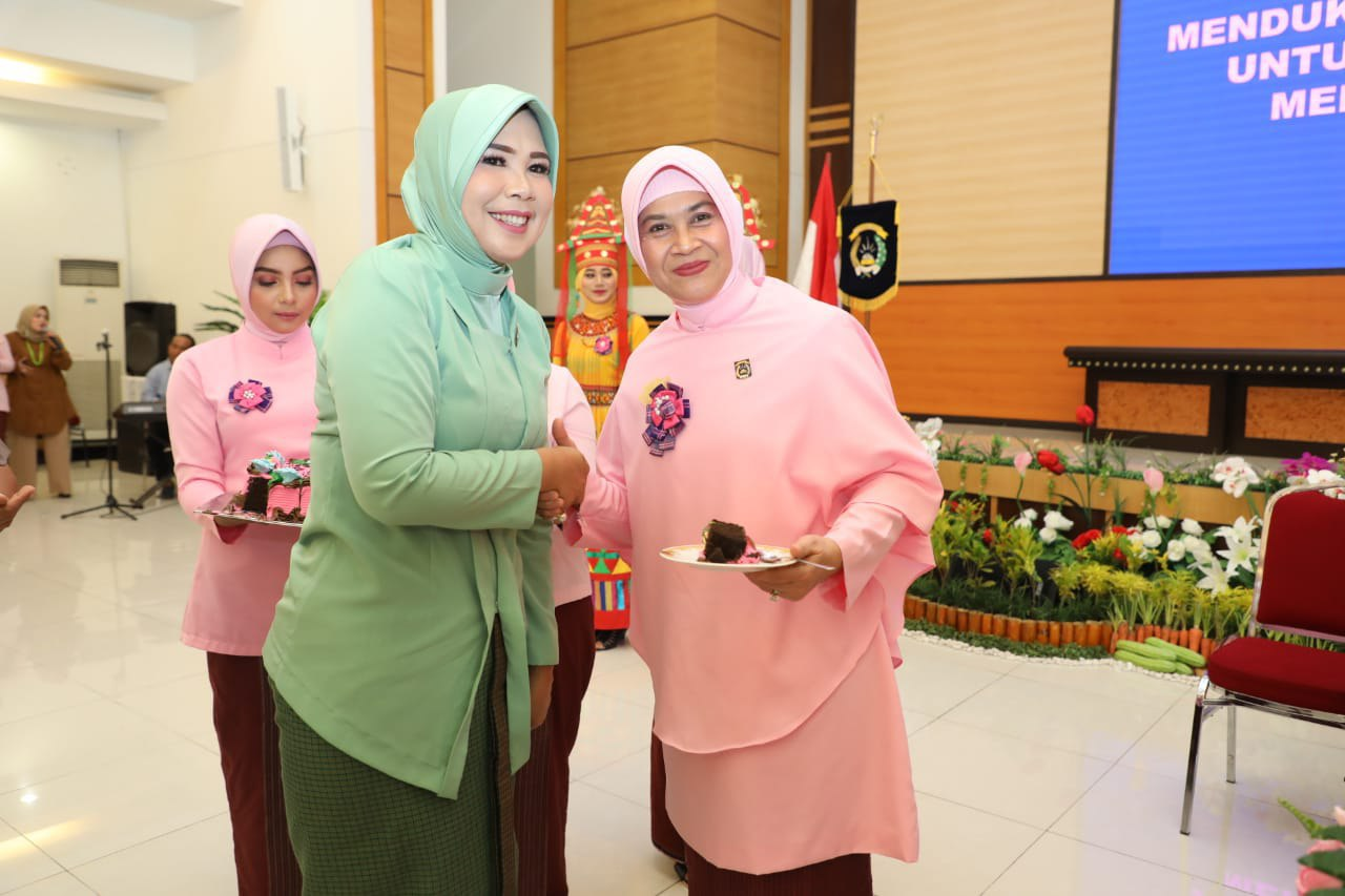 Ketua Persit KCK Koorcab rem 142 hadiri peringatan HKGB ke 67