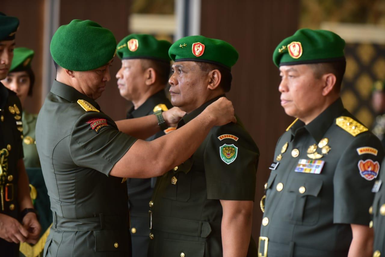 Mayjen TNI Nugroho Budi Wiryanto, Resmi Jabat Pangdam III/Slw