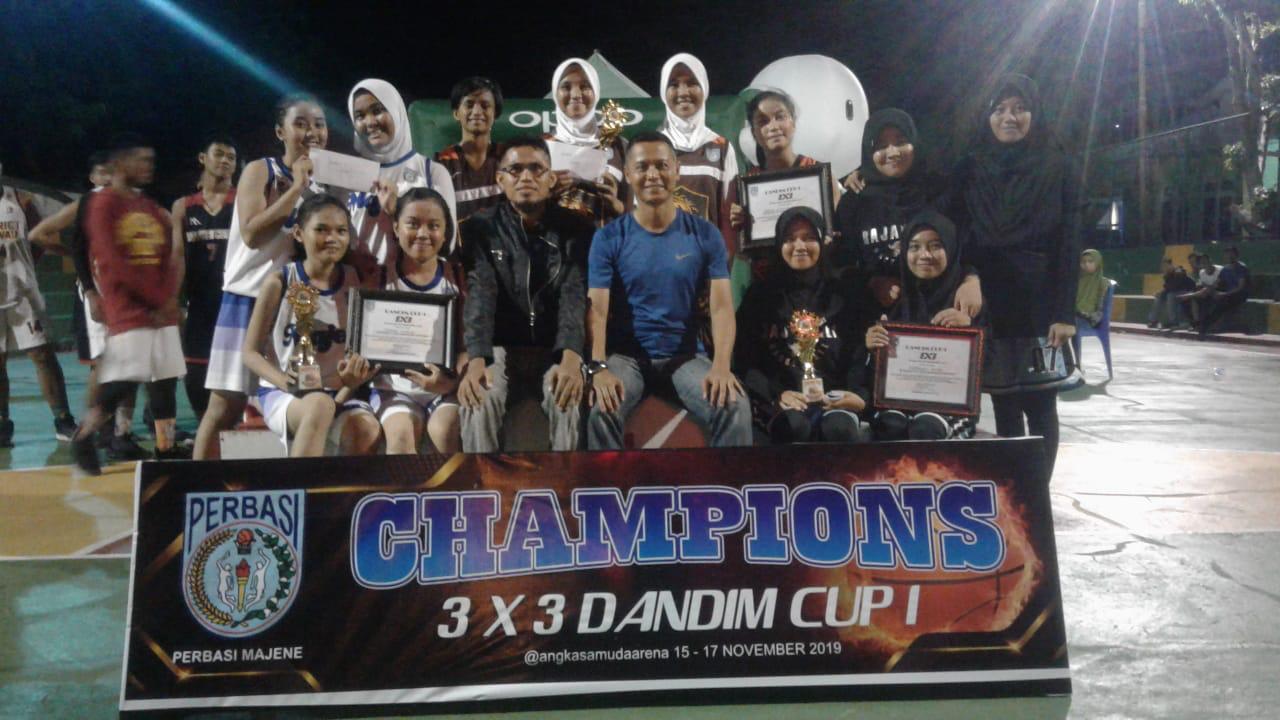 Dandim 1401/Majene Tutup Kejuaraan Bola Basket Dandim Cup