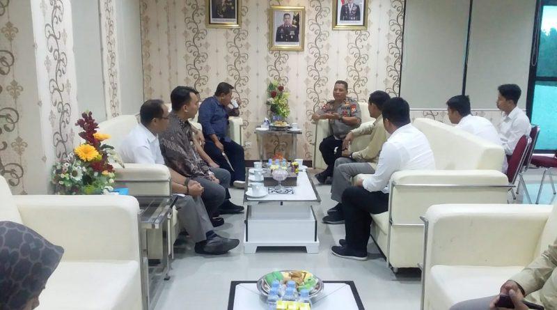 Kapolda Sulbar Terima Kunjungan Kerja Retainer Lawyer Perum Bulog.