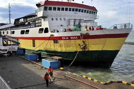 Cegah Penyebaran Covid-19, Dishub Sulbar Tidak Mengizinkan Kapal Asing Sandar