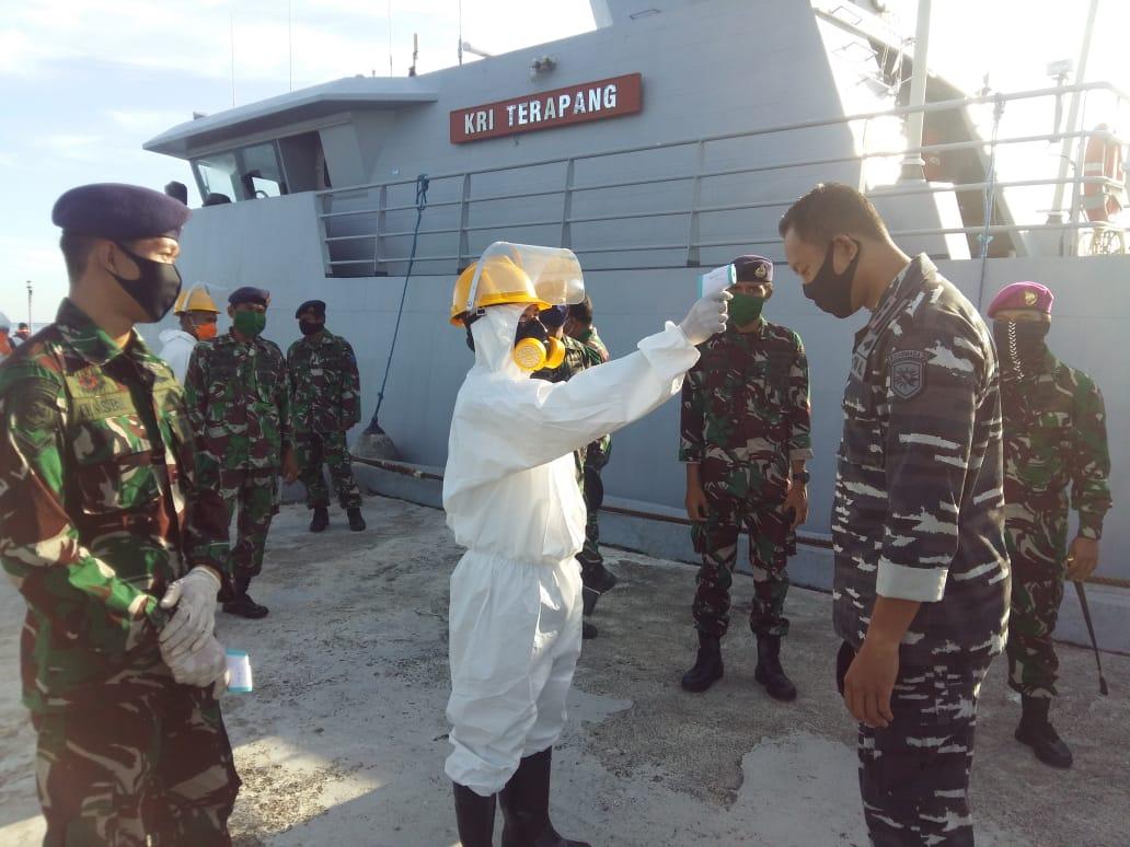 KRI Terapang-648 Sandar Di Dermaga Mako Lanal Mamuju