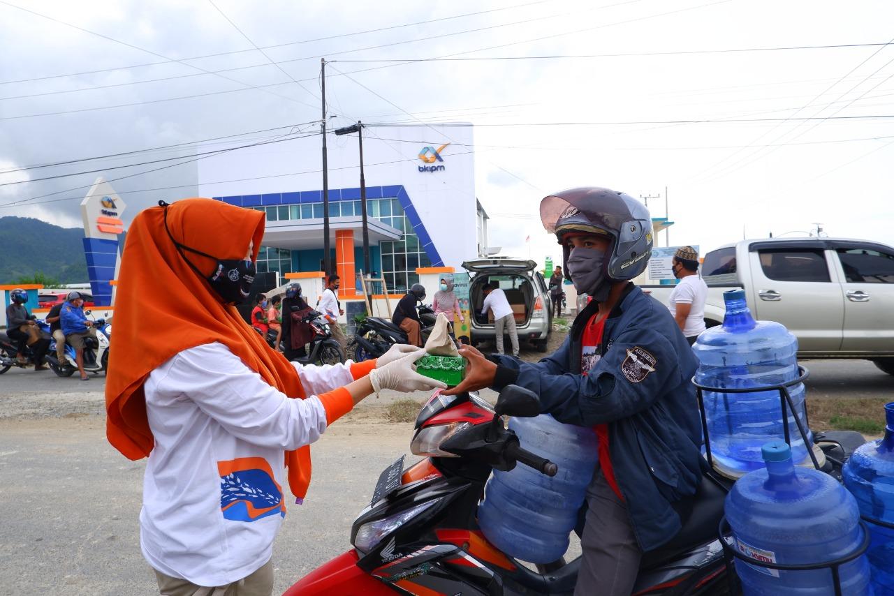 """KKP Bagikan 15.000 """"NASI IKAN"""" Setiap Hari Selama Ramadhan"""