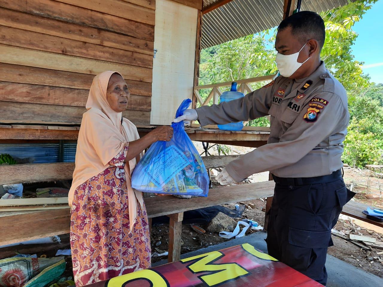 Jelang Bulan Suci Ramadhan Polda Sulbar Salurkan 2.500 Paket Sembako