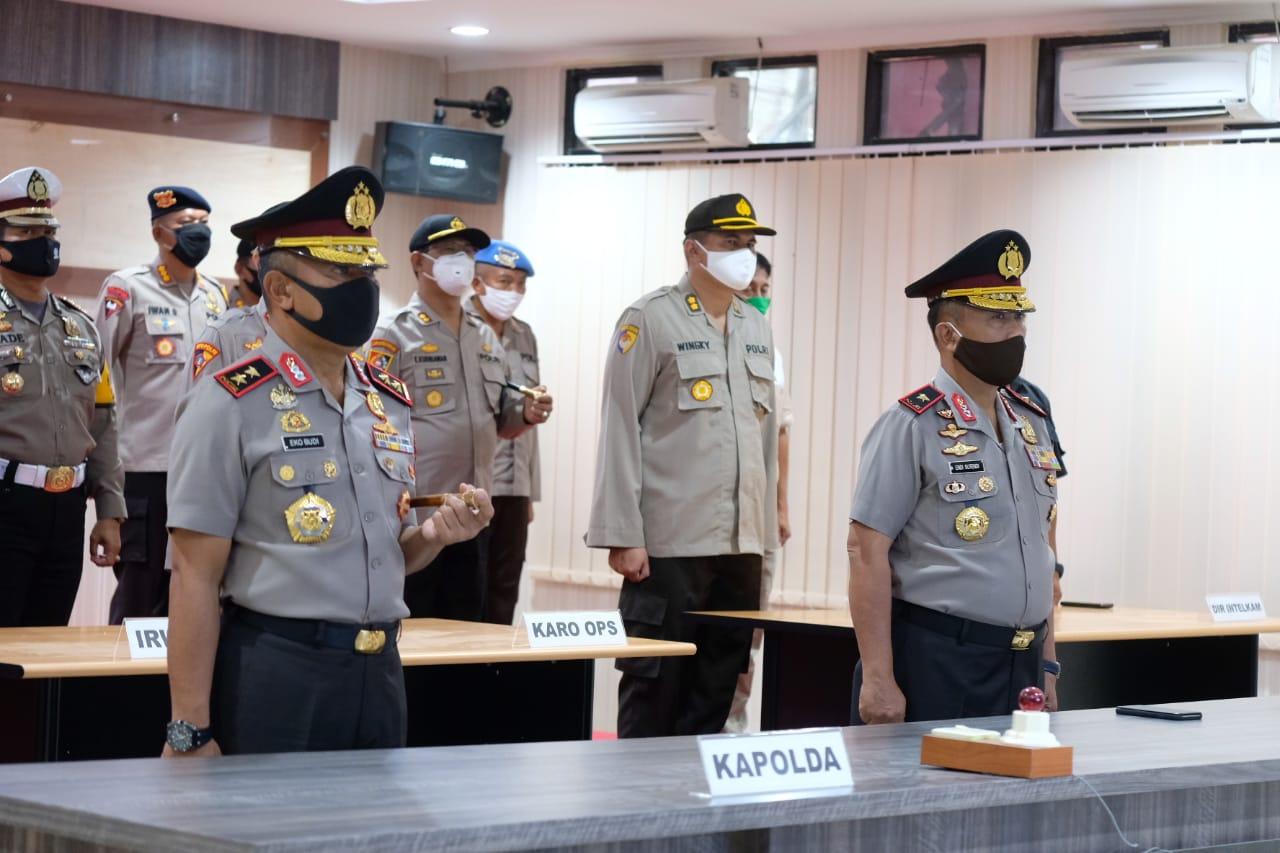 Upacara Korps Raport Kapolda dan Wakapolda Sulbar Lewat Video Converence