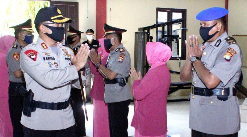 Wakapolres Majene Dikukuhkan Bersama 8 Pejabat Polres Majene  Diserahterimakan