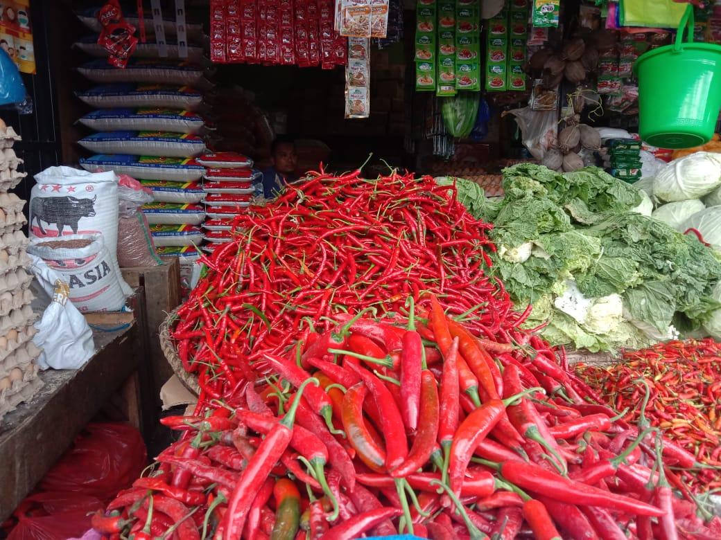 Harga Lombok di Pasaran Mengalami Kenaikan Drastis
