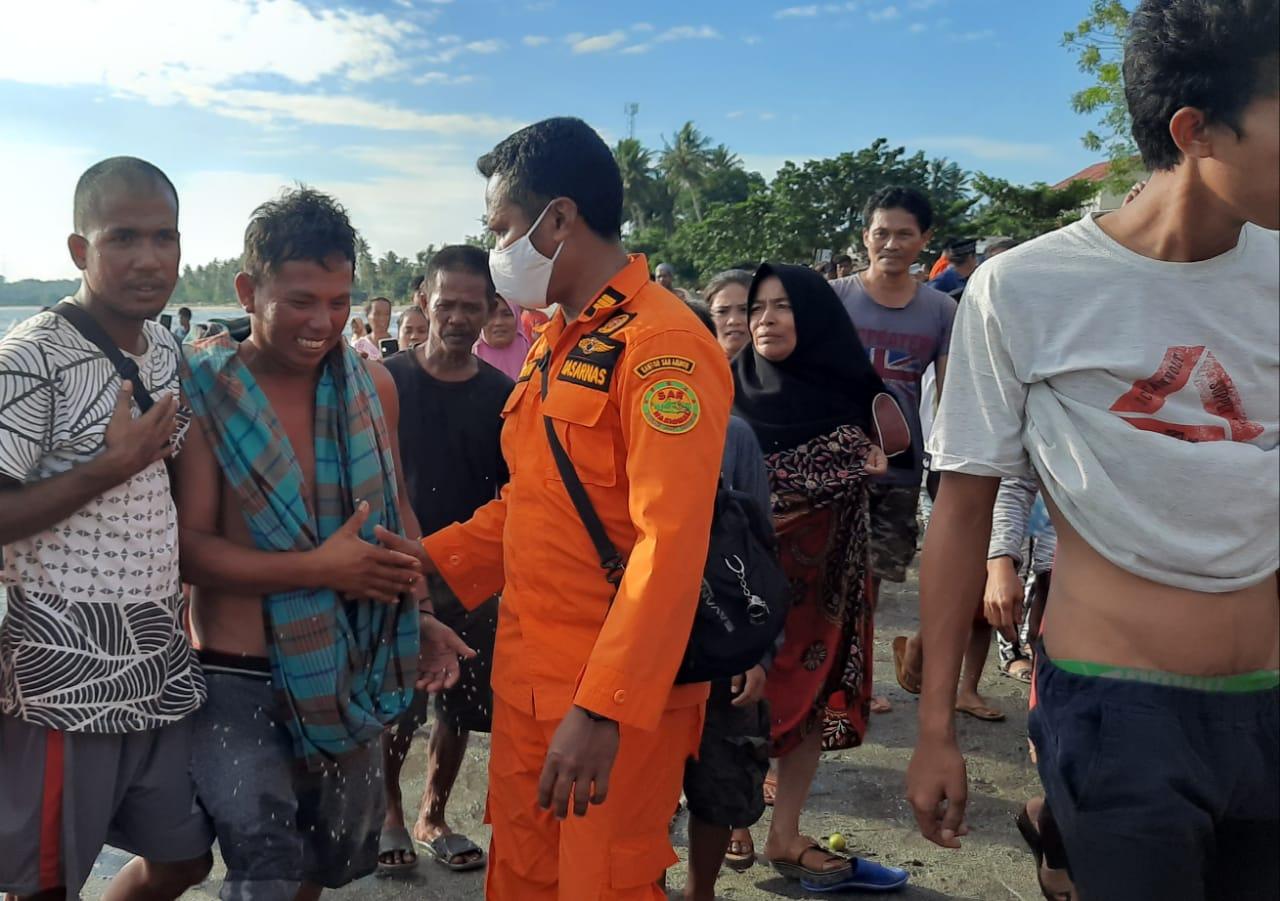 Tiga Nelayan Yang Dikabarkan Hilang Ditemukan Dalam Keadaan Selamat