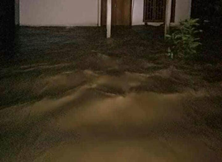 Sungai Meluap,Rumah Warga di Lakahang Mamasa Tergenang Banjir