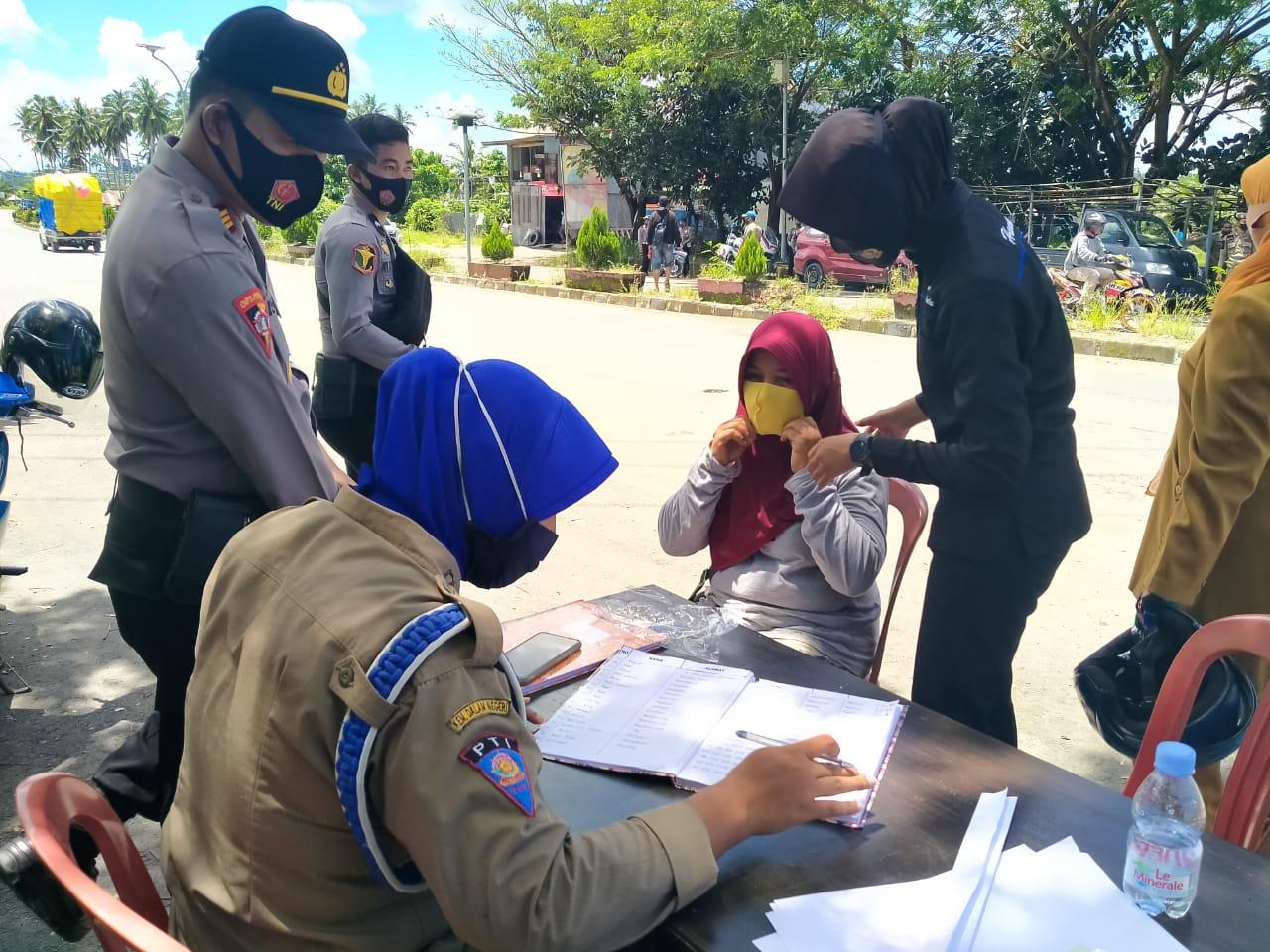 Polres Pasangkayu Tegakkan Disiplin Protokol Kesehatan Bersama Kodim & Sat Pol PP.
