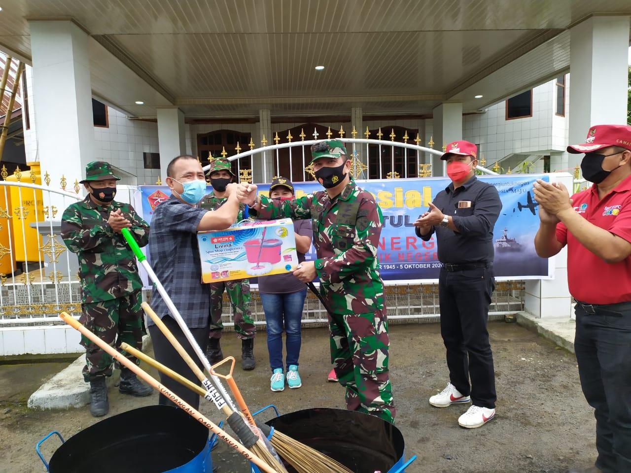 Pangkalan TNI Angkatan Udara Sam Ratulangi adakan Bakti Sosial HUT TNI