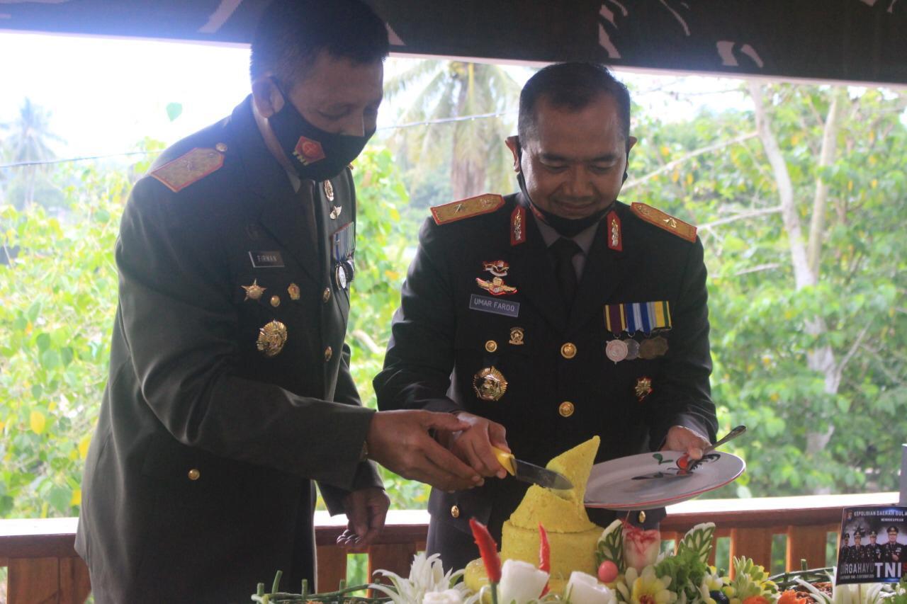 Pejabat Polda Sulbar Serbu Korem 142 Tatag