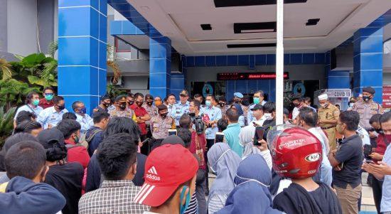 Ipmapus Unjuk Rasa Di Kemenkumham  Sulbar