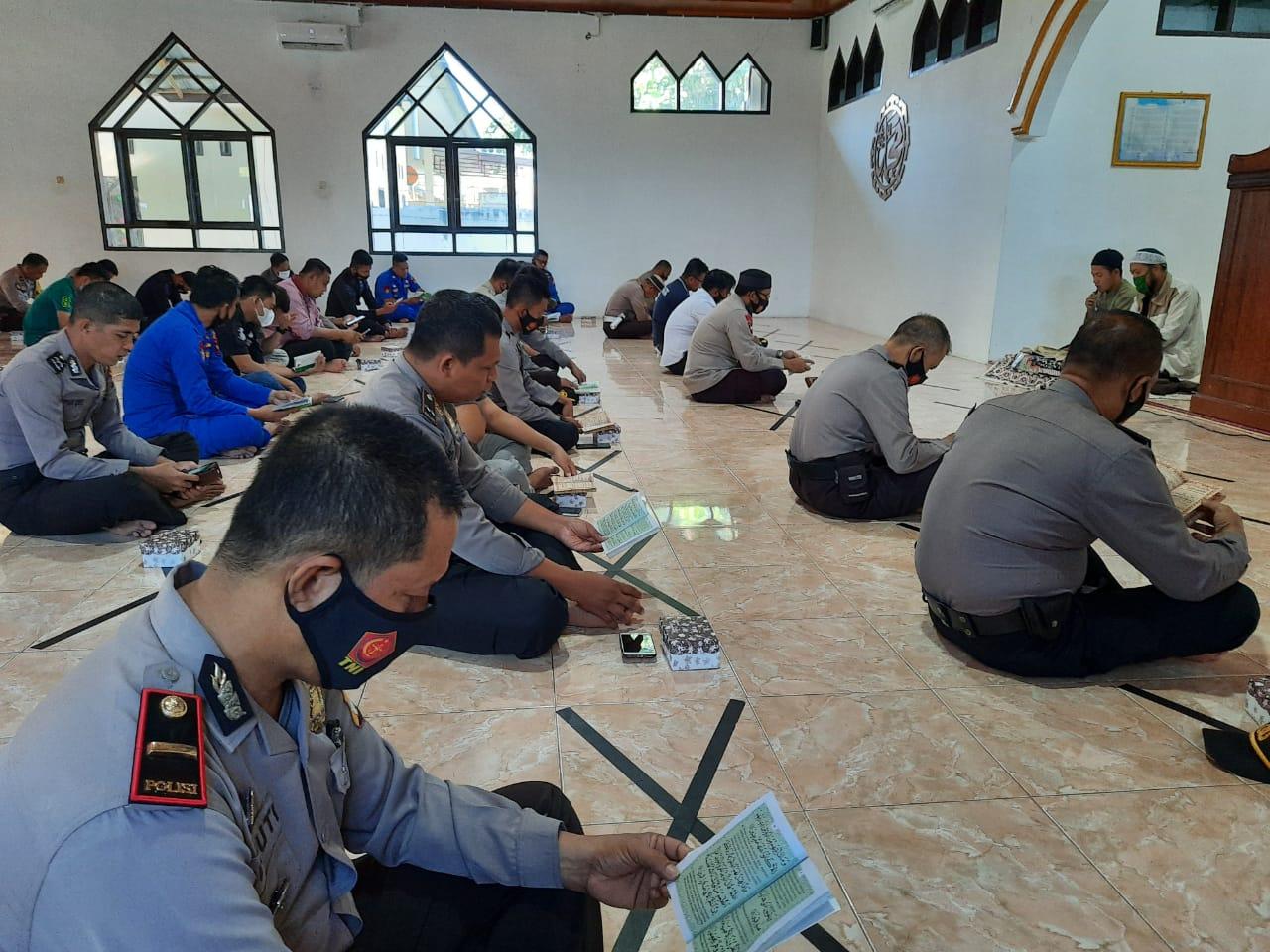 Maulid Nabi Muhammad SAW Bahasan Pokok Bintohtal Polres Majene