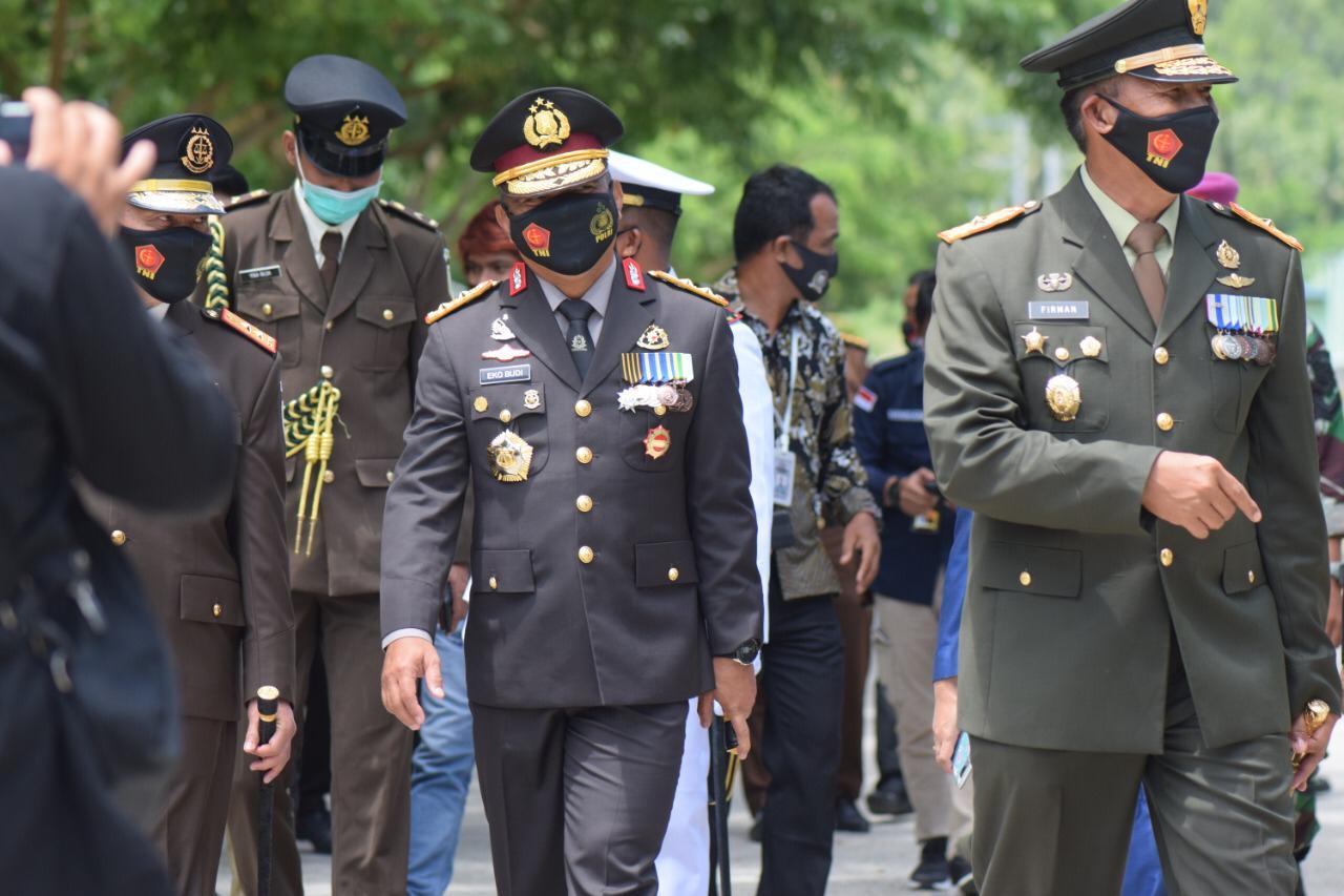Kapolda Sulbar Hadiri Upacara Virtual HUT TNI ke-75