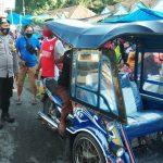 Cegah Macet, Brigpol Thaib Juwandi Rutin Atur Lalin Di Pasar Tumpah